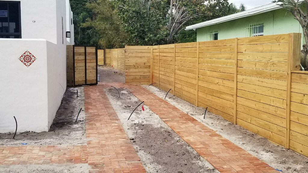 Best-fence-installation-in-Cape-Coral